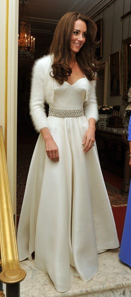 Kate en robe du soir - Star Jet Set