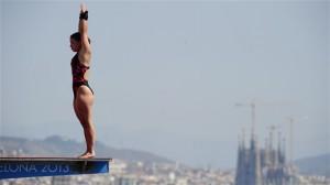 l'épreuve spectaculaire du plongeon haut vol fait son apparition aux mondiaux de natation de Barcelone pour la première fois en compétition