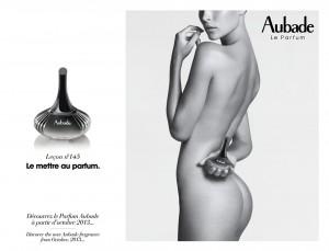 la plus sensuelle des marques de lingerie se lance dans le parfum et diffuse la leçon n°145 : le mettre au parfum