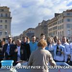 """des supporters marseillais qui chantent """"Est-ce qu'on peut pâyer le poulpe en carte"""" au marché..."""
