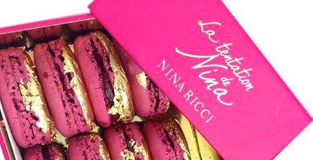 des macaron rose et dorée pour Ladurée et Nina Ricci