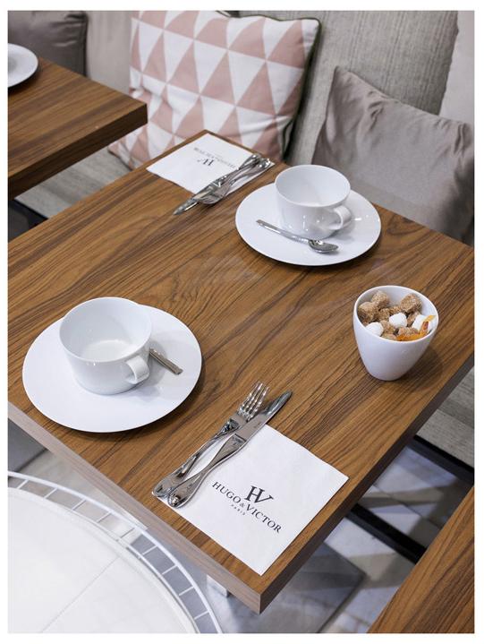 boire un café pendant son shopping au café Vogue