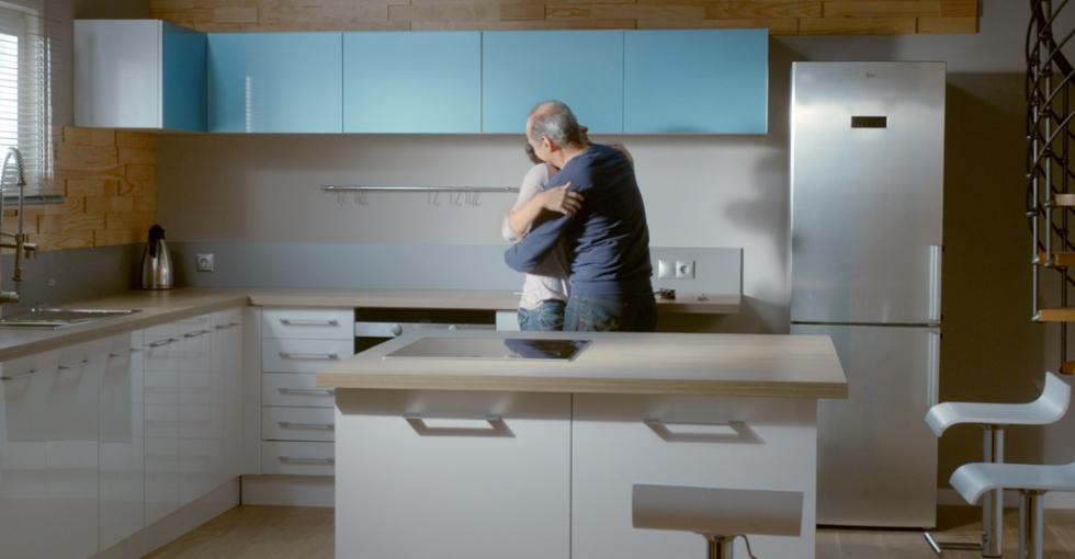 Avec Castorama, une cuisine c'est un endroit où l'on reçoit ses amis