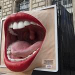 1 tonne de silicone a été nécessaire pour concevoir cette bouche géante