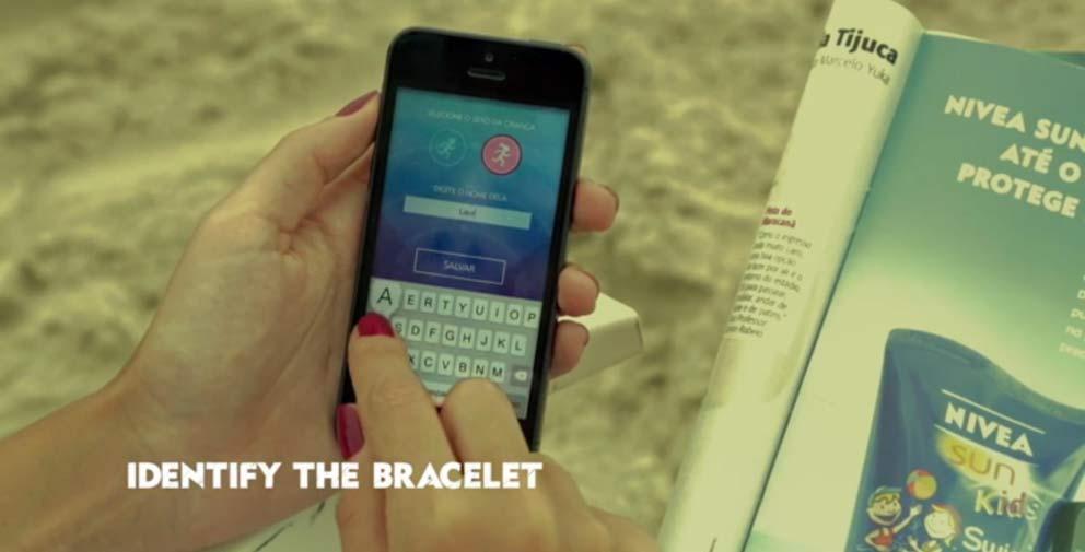 un bracelet connecté gratuit waterproof et réutilisable qui fonctionne avec un smartphone