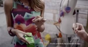 la scène du perçage de préservatifs ne passe pas malgré la mention fiction publicitaire car cela prône l'irresponsabilité face aux maladies sexuellement transmissibles