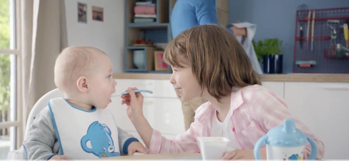 parce que les bébés ont des besoins spécifiques, nestlé bébé sait y répondre