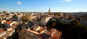 la ville de montpellier est une ville d'ambiance qui séduit par son dynamisme