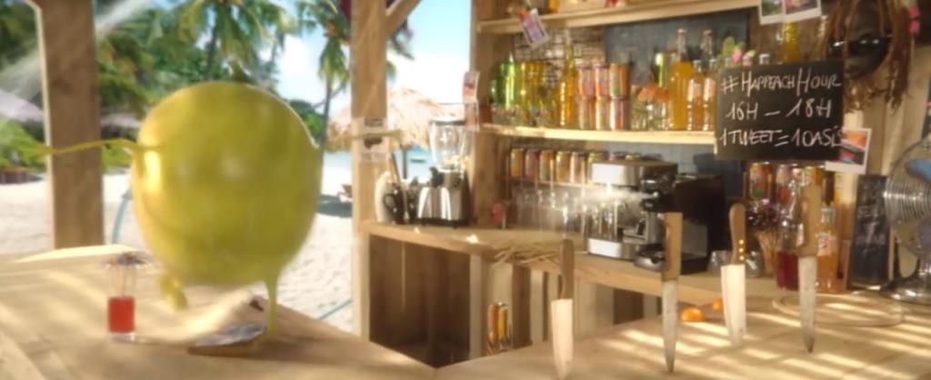 Oasis a caché un hashtag dans l'épisode 2 et a offert des boissons oasis aux personnes twittant #happeachhour