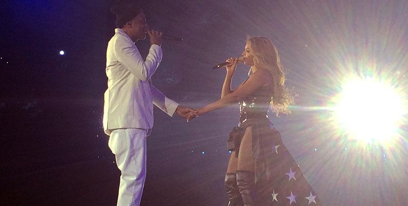 Jay Z et Beyoncé interprêtent Part II au stade de france