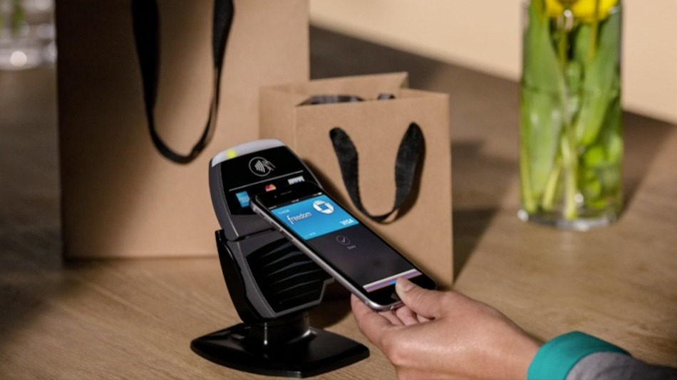 avec apple pay l'iphone se transforme en moyen de paiement sécurisé