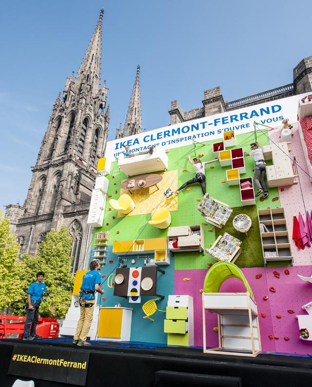 Des meubles IKEA en guise de mur d'escalade à Clermont Ferrand