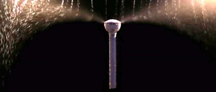 air umbrella n'est composé que d'un manche équipé d'un moteur qui repousse les gouttes de pluies
