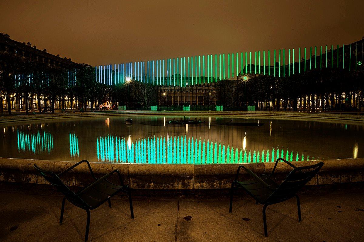 IKEA accueille le couple royale de suède en grande pompe en recréant des aurores boréales à partir de LEDs