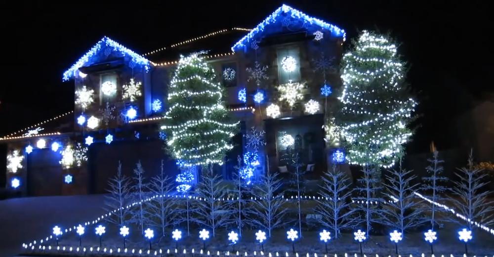 pour noël les maisons s'illuminent