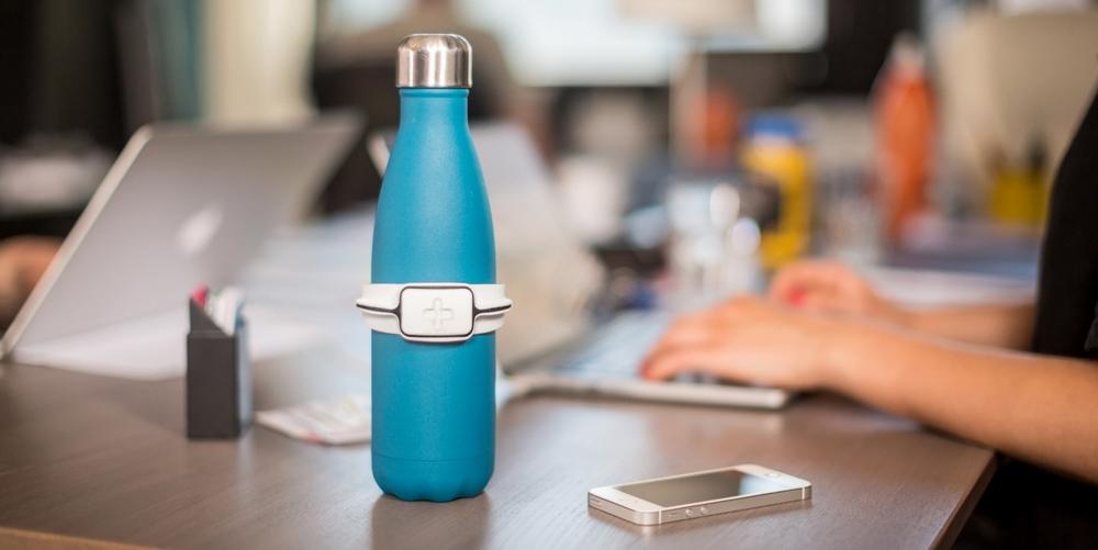 la start-up finlandaise lance le capteur The Hug qui contrôle notre hydratation