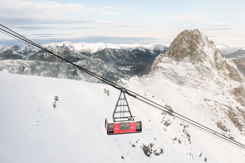 la cabine téléphérique se situe au sommet de Courchevel