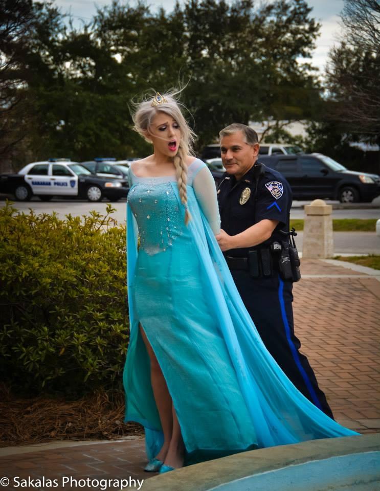 Elsa l'a supplié de la laisser partir en chantant Let It Go