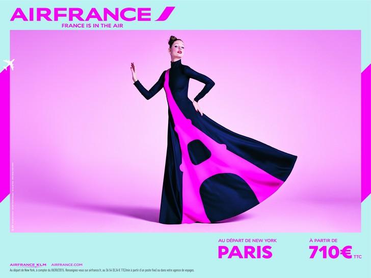 à l'image du film, deux nouveaux visuels sont diffusés par Air France