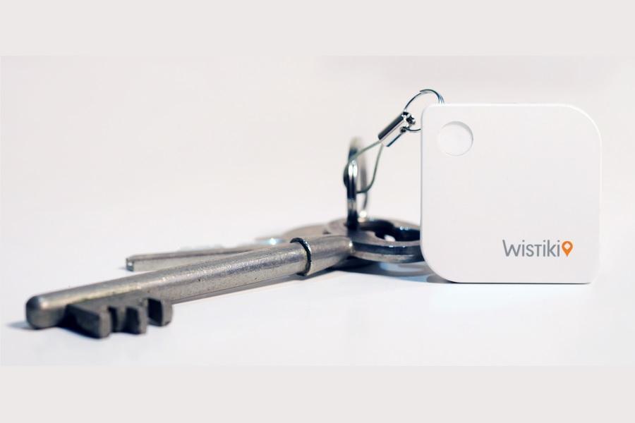 wistiki s'accroche à vos clefs, votre téléphone, votre ordinateur ou tout autre objet que vous ne voulez pas perdre