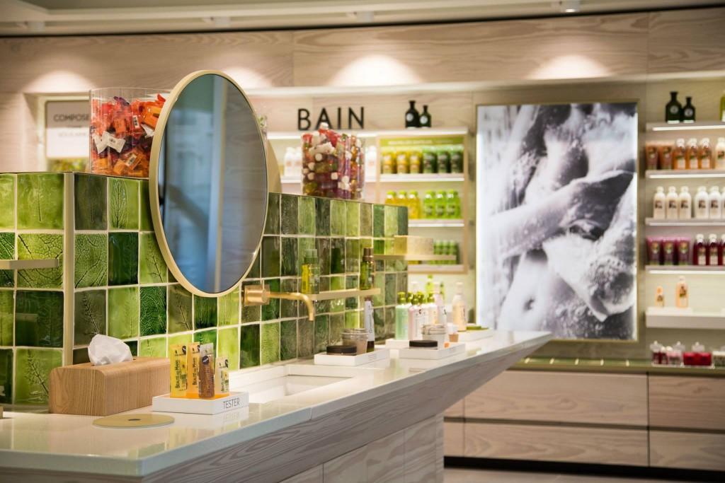 la boutique est un écrin végétal en plein Paris
