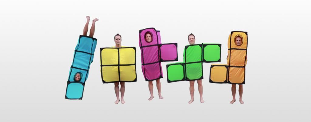 Rémi Gaillard transpose le jeu Tetris dans la vraie vie à montpellier