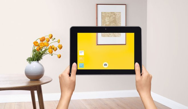 Téléchargez l'application Dulux Valentine Visualizer pour tester directement toutes les teintes de la marque sur vos murs !