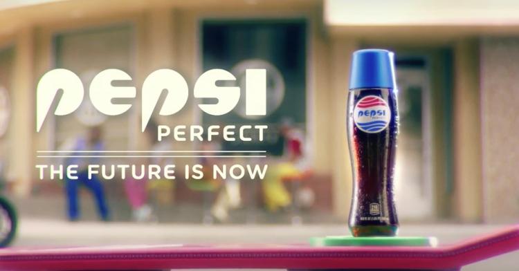 Pepsi rebondi sur le 21 octobre 2015 avec la même bouteille que dans le film, en édition très limitée aux etats-unis