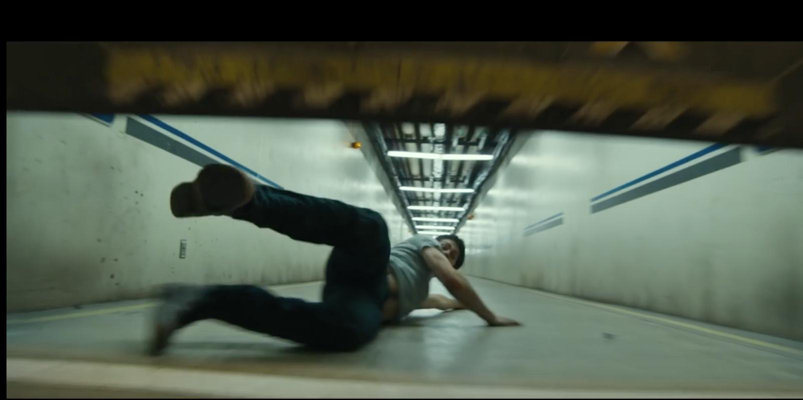 Rejouez la cascade du film Labyrinthe et tentez de vous échapper d'un couloir de 17m de long avant que la porte ne se referme
