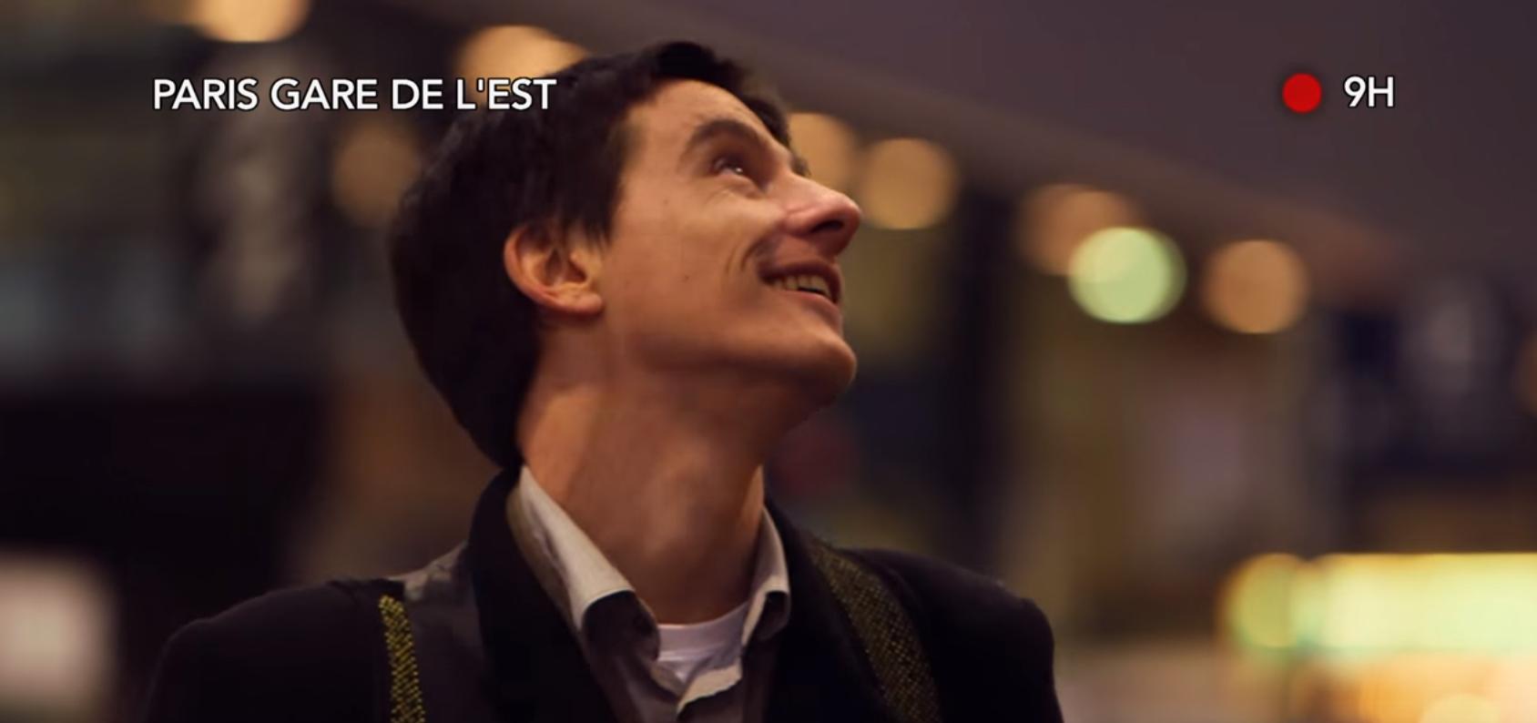 La voix de la SNCF qui change de script, ça fait sourire les voyageurs
