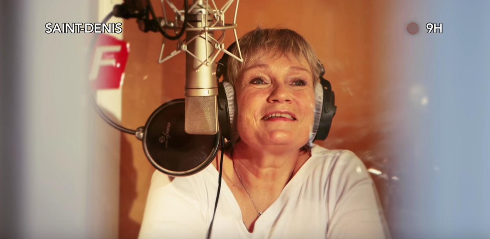 Simone Hérault est la voix de la SNCF depuis 30 ans et accompagne les voyageurs dans leurs trajets