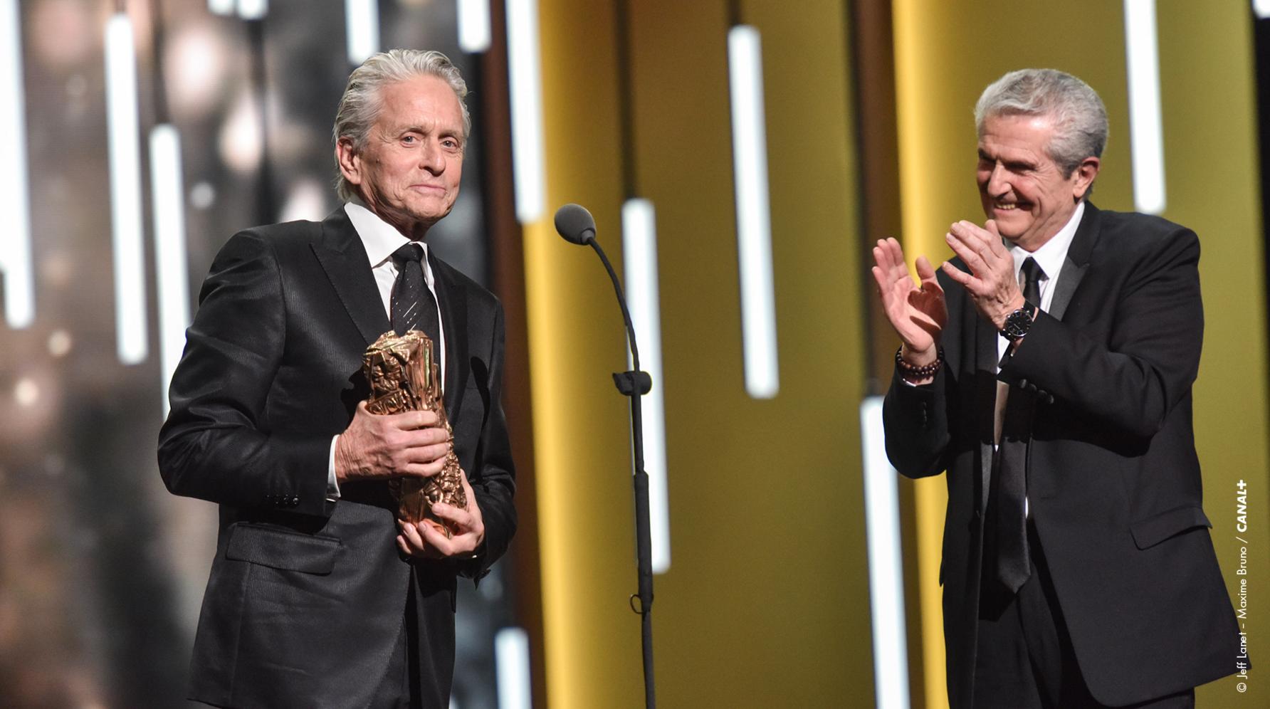 Michael Douglas était l'invité des César, Claude Lelouch lui a remis un César d'honneur