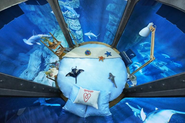 Une chambre sur-mesure imaginée par Ubi Bene pour immerger les gagnants dans les profondeurs sous-marine
