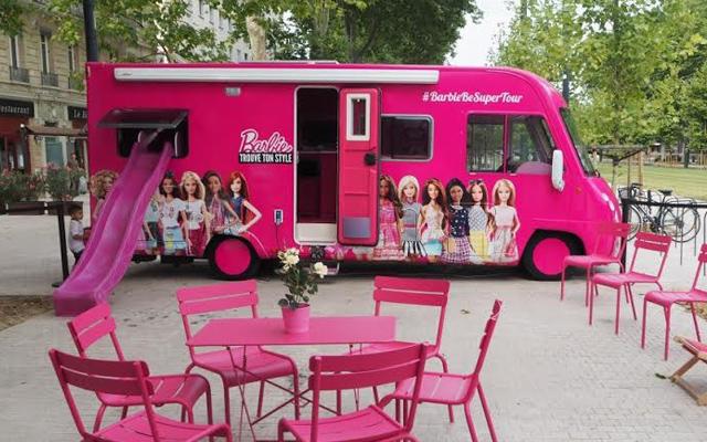 Un camping car barbie grandeur nature va faire escale dans 6 villes de France