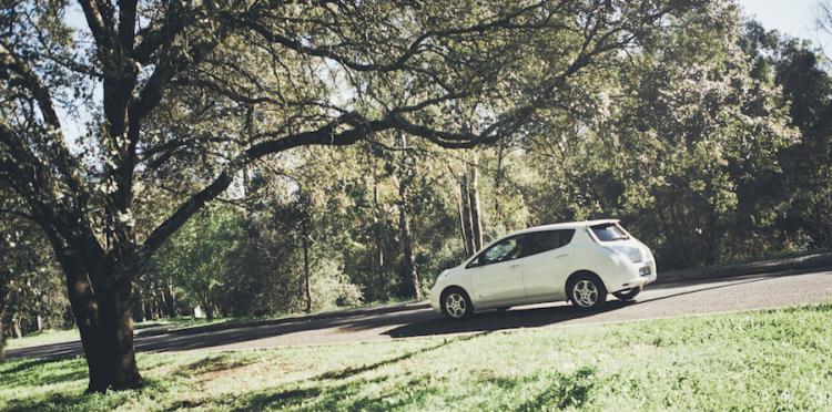 Uber se lance dans la mobilité durable avec UberGreen permettant de commander des véhicules électriques