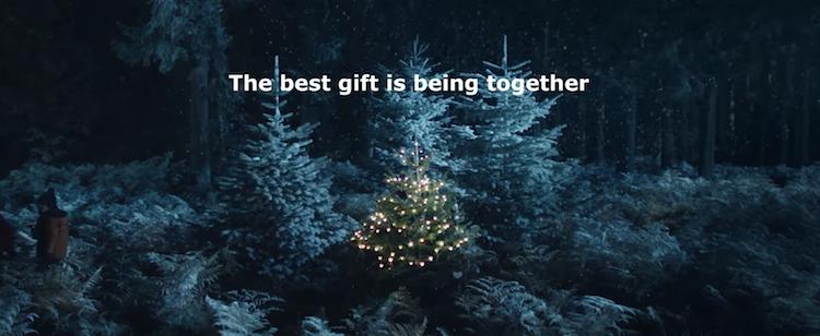 Pour Noël Ikea rappelle que le plus important c'est d'être ensemble