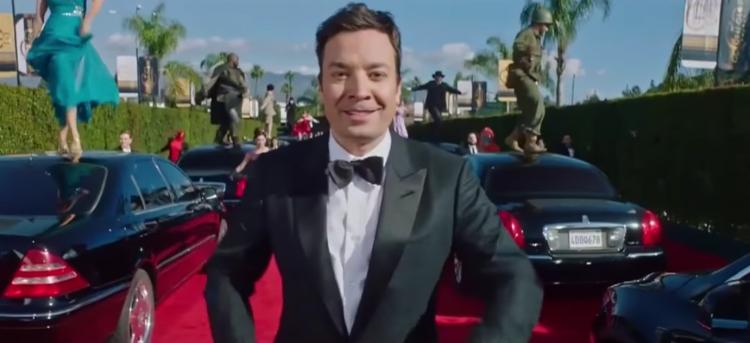 Jimmy Fallon a animé la cérémonie des Golden Globes et a offert une superbe intro parodique du film La La Land