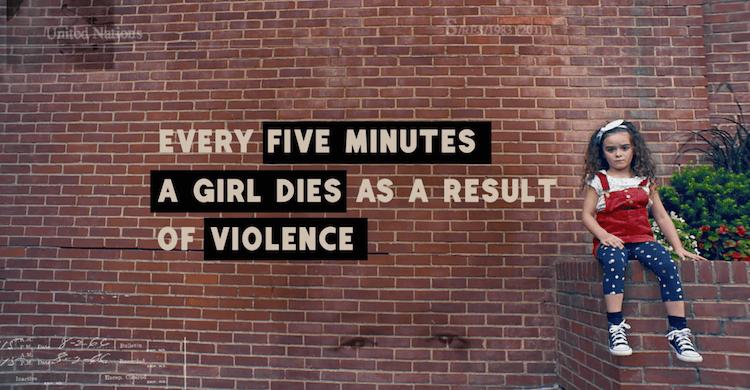 Avec ce film, Queen B rappelle les dures conditions de vies auxquelles sont confrontées des millions de filles chaque jour. Le résultat est fort et poignant et accentué par des chiffres qui parlent d'eux mêmes