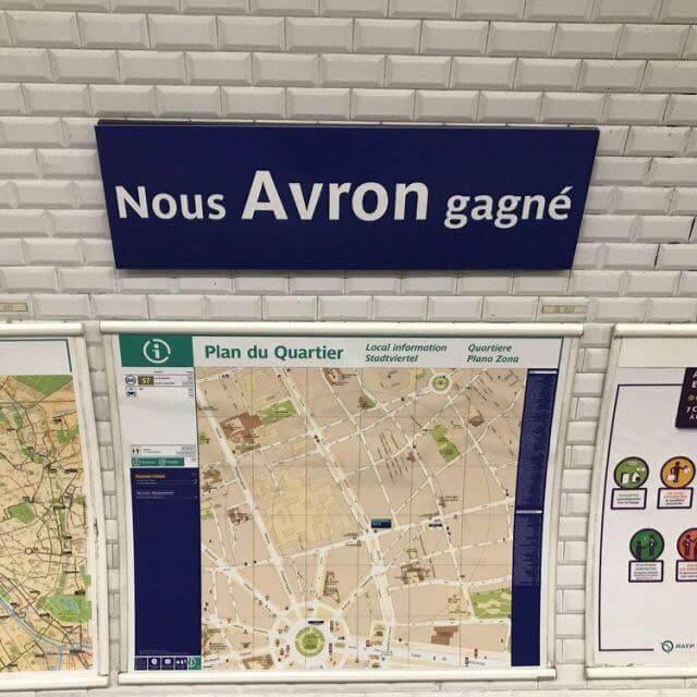 """a station Avron a été transformé en """"Nous Avron Gagné"""""""