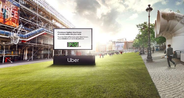 A l'occasion de la Semaine Européenne de la Mobilité,Ubi Benemet les Parisiens au vert pour UberGreen ettransforme la place Georges Pompidou en espace végétalisé géant.