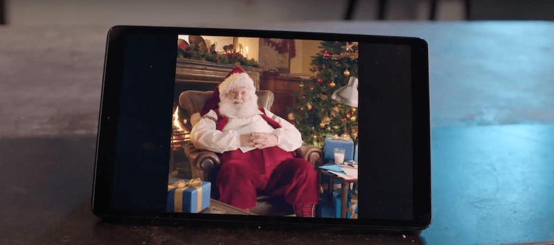 Parce qu'il est compliqué d'aller rencontrer le Père Noël cette année, Bouygues Telecom nous révèle son numéro de téléphone afin que l'on puisse le contacter via WhatsApp.