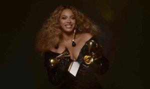 La chanteuse Beyoncé est rentrée dans l'histoire des Grammy Awards en remportant son 28e trophée, devenant l'artiste féminine la plus sacrée de toute l'histoire de la cérémonie.